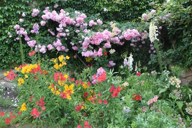 Bowylie Cutting Garden