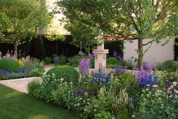 Cleve West's Gold Medal-Winning 2014 Chelsea Show Garden. Photo: Lisa Cox