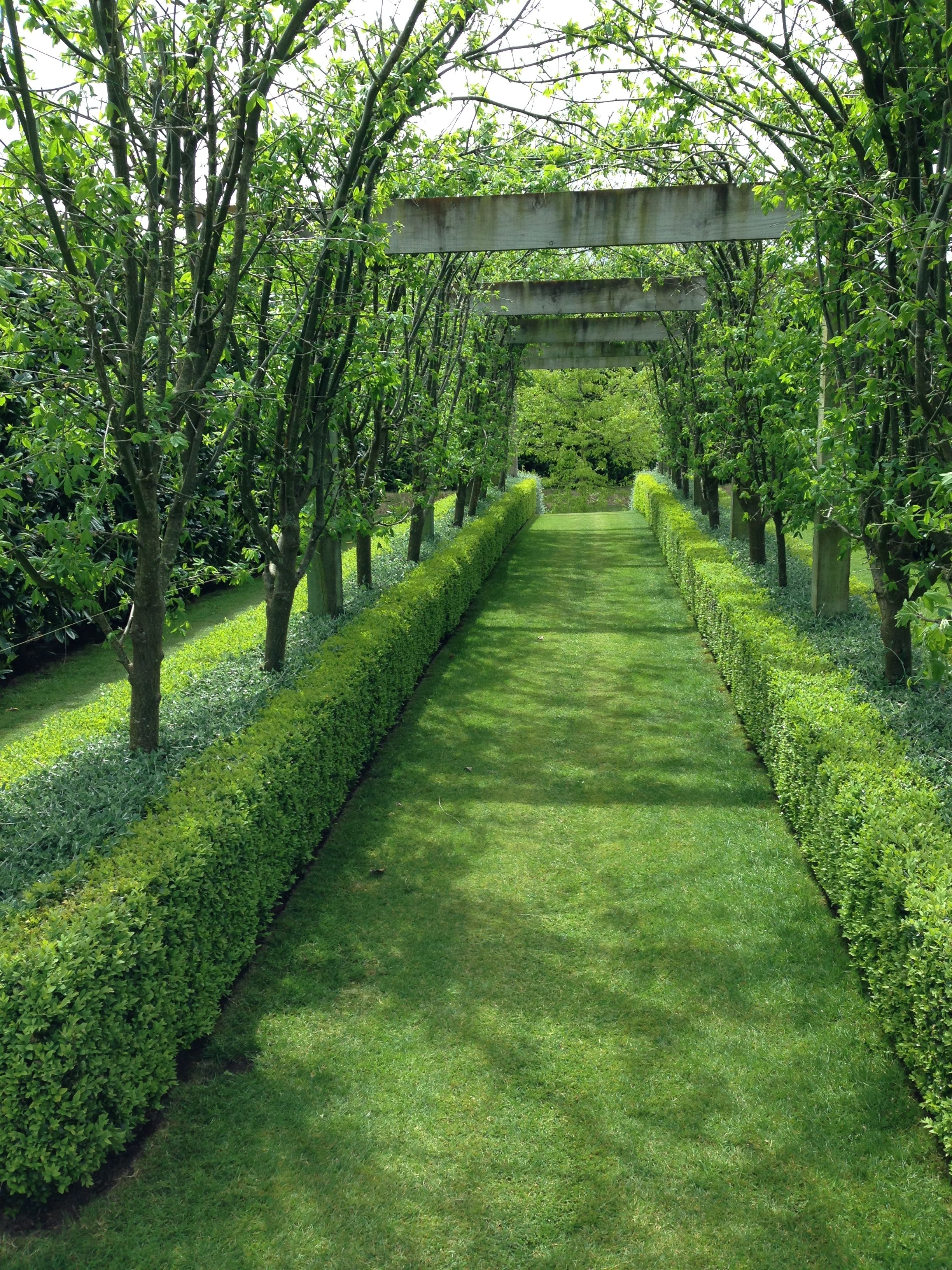 Formality and precision at gravetye garden janna for Landscape gardeners