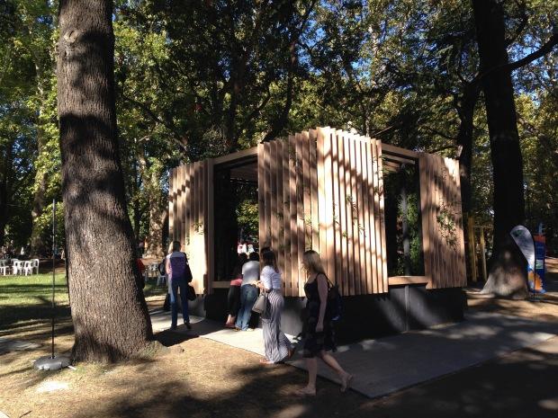 Jai Cheswick's Urban Temple at MIFGS. Janna Schreier