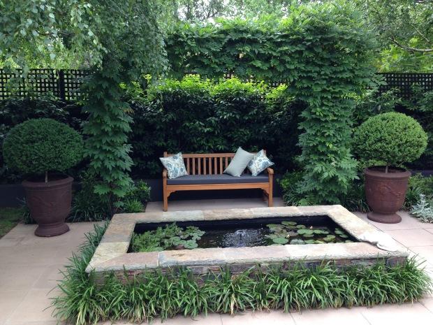 Peaceful, natural sitting area. Janna Schreier