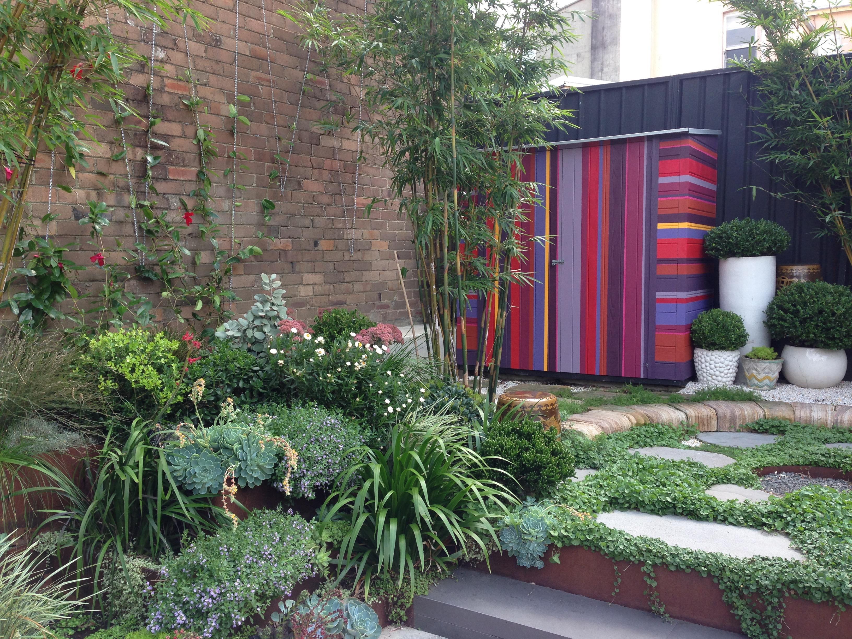 Foto caseta de jard n de maribel mart nez 1474602 for Caseta herramientas jardin