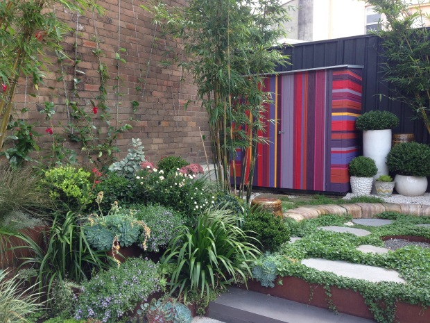 Stripy shed at Hidden Design Festival garden. Janna Schreier