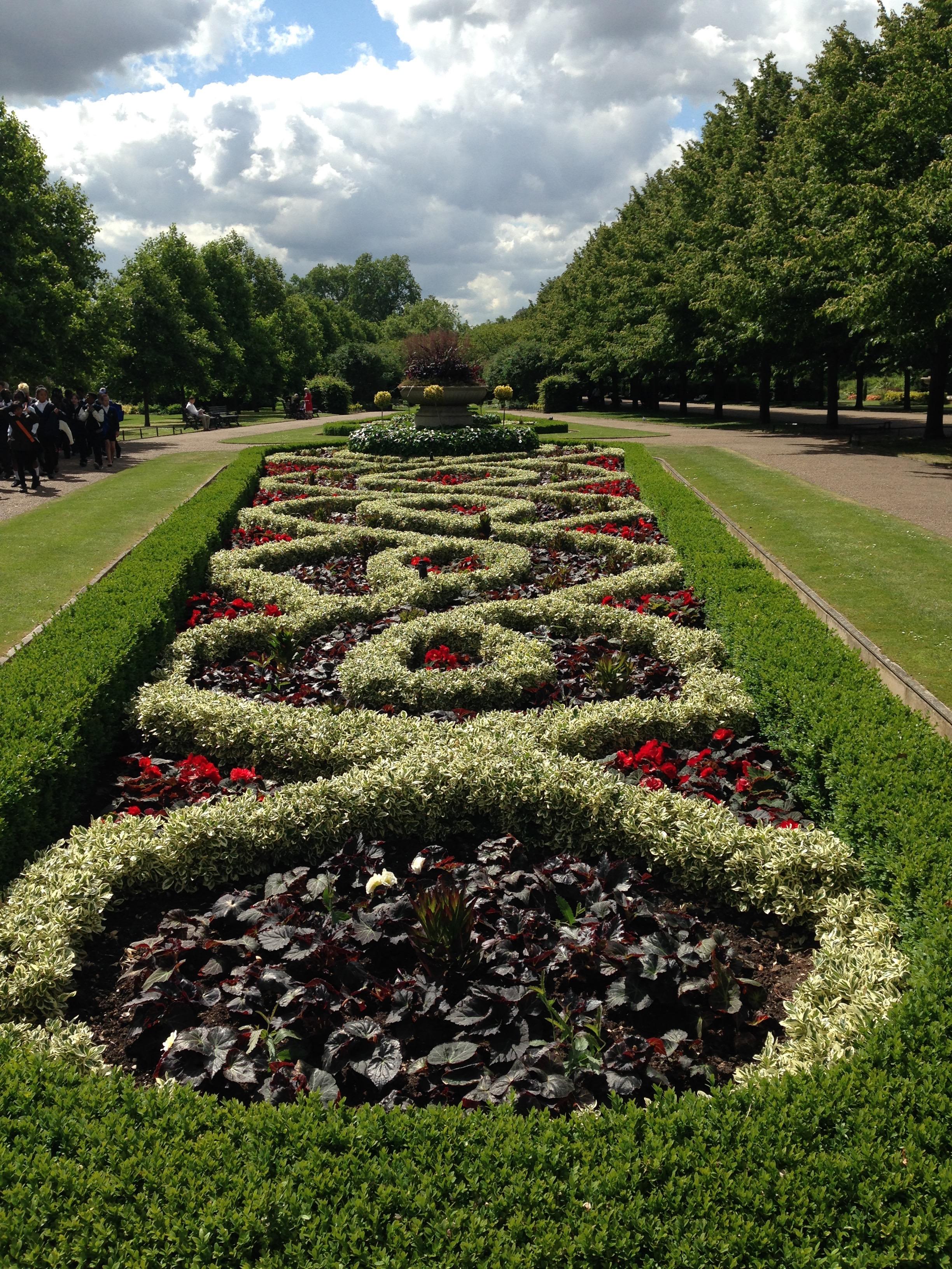 A sense of place at regent s park janna schreier garden for English knot garden designs