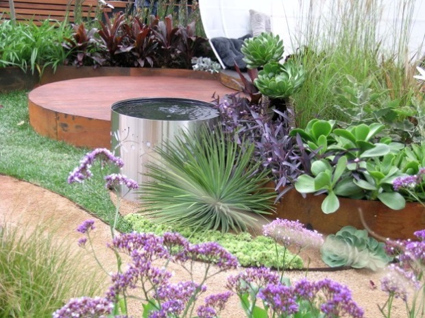 Steven Wells and Melissa Thomas MIFGS Garden. Janna Schreier