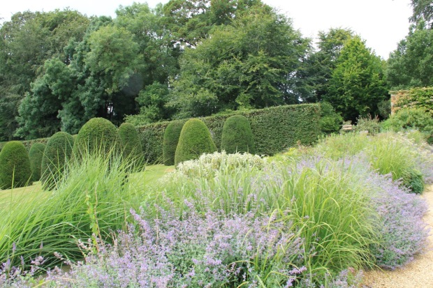 Possibly the nicest hedge I've ever seen, at Broughton Grange