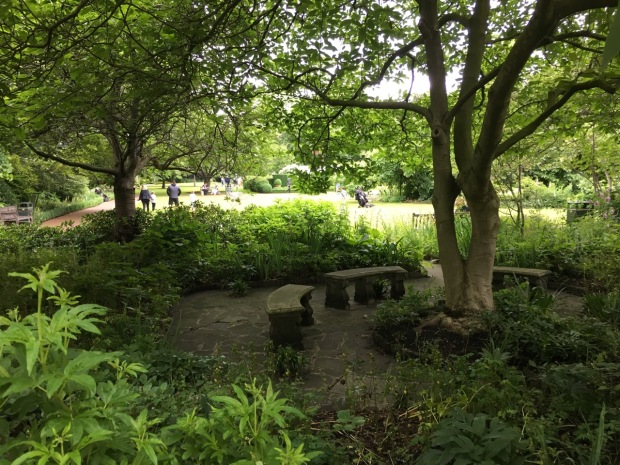 A shady area to dwell at Cadogan Gardens South