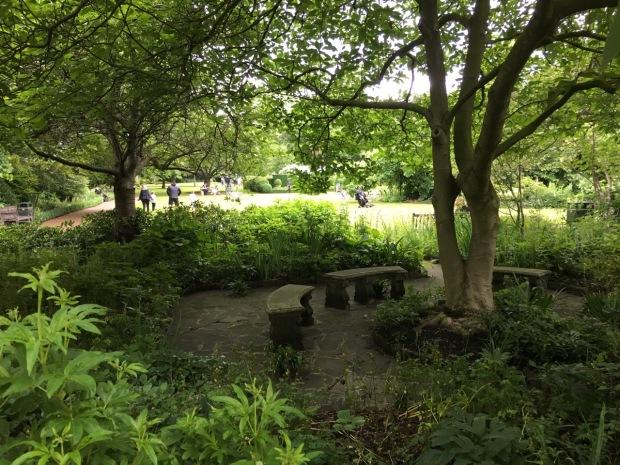 A shady area to dwell at Cadogan Gardens South