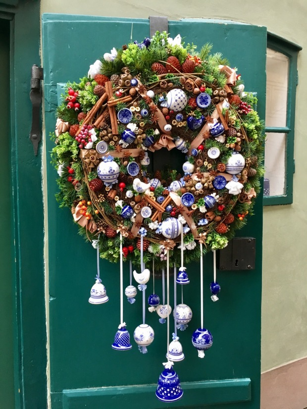 I adore the colourings and detail of this wreath on Golden Lane